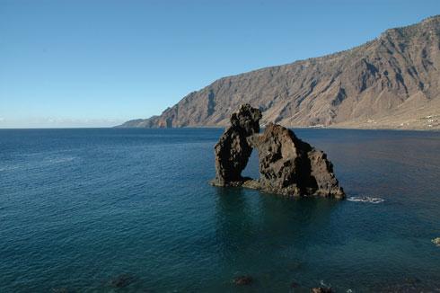 El volcán de El Hierro está estable pero sigue despierto