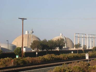 Cierran unidad nuclear californiana por posible fuga